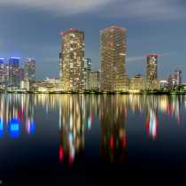 skyline_reflection_3199.jpg